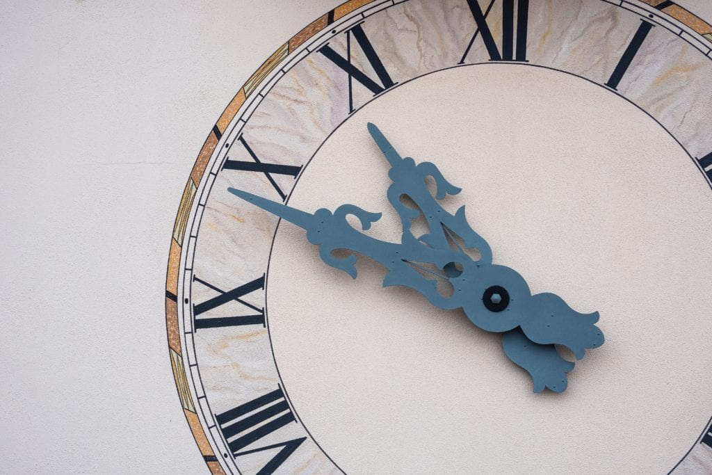 Big Wall Clocks: Their Evolution And History